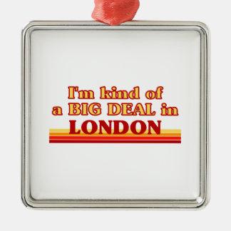 Ornement Carré Argenté Genre d'I´m d'affaire à Londres