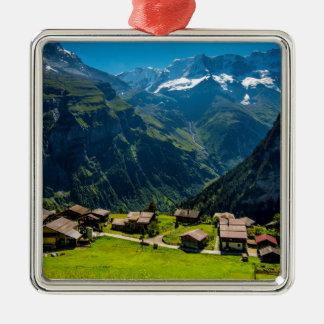 Ornement Carré Argenté Gimmelwald dans les Alpes suisses - Suisse