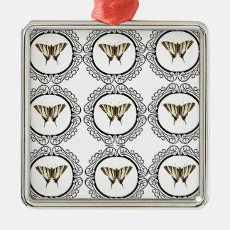 Ornement Carré Argenté groupe de papillons