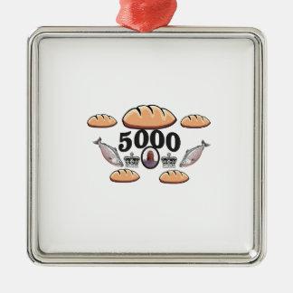 Ornement Carré Argenté JC alimente 5000 âmes