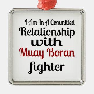 Ornement Carré Argenté Je suis dans un rapport commis avec Muay Boran F