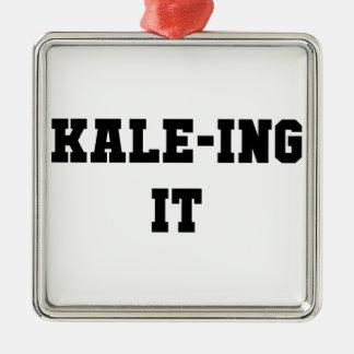 Ornement Carré Argenté Kaleing il