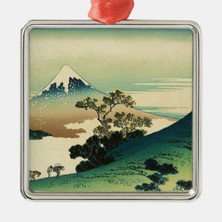 Ornement Carré Argenté Koshu Inume Toge - art de Katsushika Hokusai
