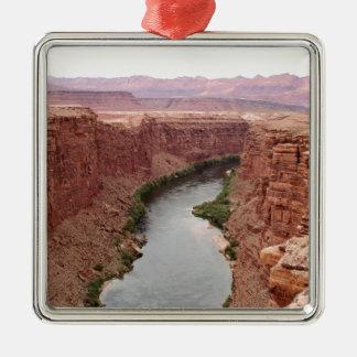 Ornement Carré Argenté Le fleuve Colorado près du pont de Navajo,