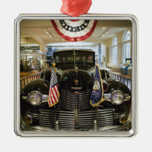 Ornement Carré Argenté Les Etats-Unis, Michigan, Dearborn : Le musée de