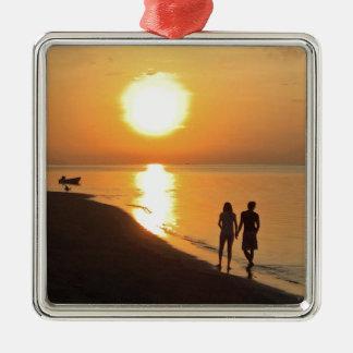 Ornement Carré Argenté Lever de soleil de Bali sur la plage