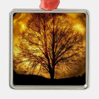 Ornement Carré Argenté lune-et arbre