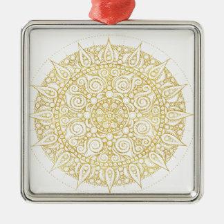 Ornement Carré Argenté Mandala vintage oriental élégant en or classique