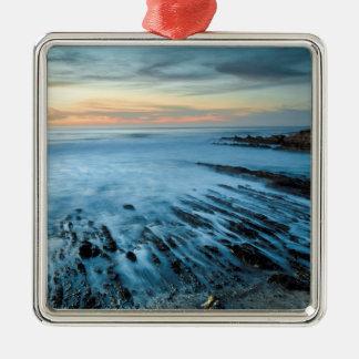 Ornement Carré Argenté Paysage marin bleu au coucher du soleil, la