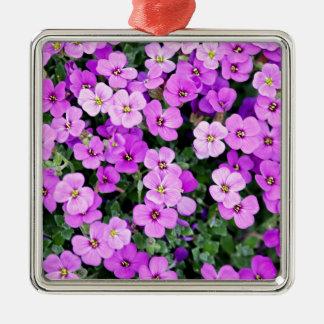 Ornement Carré Argenté Petites fleurs pourpres