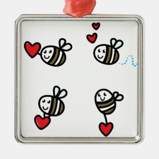 Ornement Carré Argenté Peu d'abeilles de vol sur le blanc