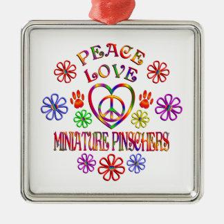 Ornement Carré Argenté Pinschers miniatures d'amour de paix