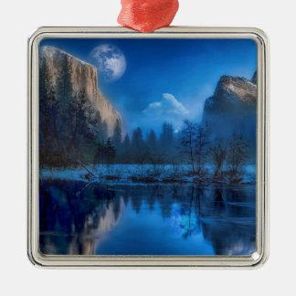 Ornement Carré Argenté Pleine lune dans Yosemite