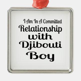 Ornement Carré Argenté Rapport avec le garçon de Djibouti
