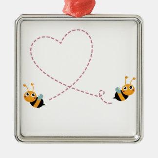 Ornement Carré Argenté T-shirt de CONCEPTEURS avec des abeilles d'amour