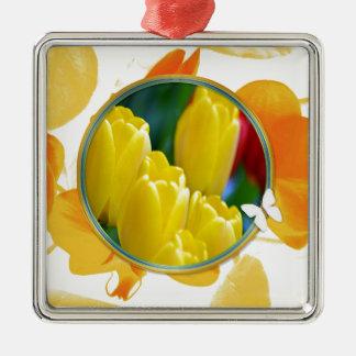 Ornement Carré Argenté Tulipes jaunes dans le cadre rond coloré