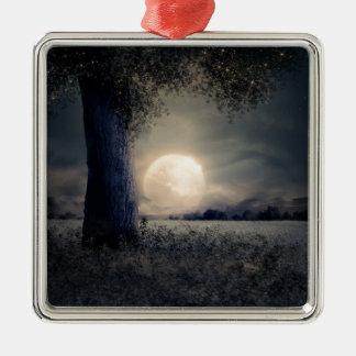 Ornement Carré Argenté Un arbre dans le clair de lune