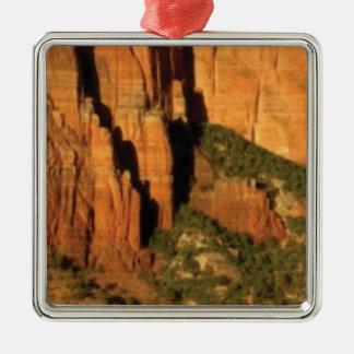 Ornement Carré Argenté vert et orange du désert