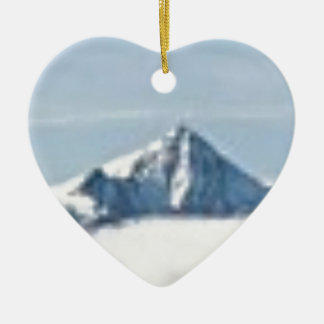 Ornement Cœur En Céramique au-dessus des nuages