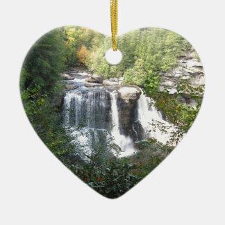 Ornement Cœur En Céramique Automnes de Blackwater, la Virginie Occidentale