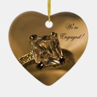 Ornement Cœur En Céramique Bague de fiançailles de Diamond de princesse Cut