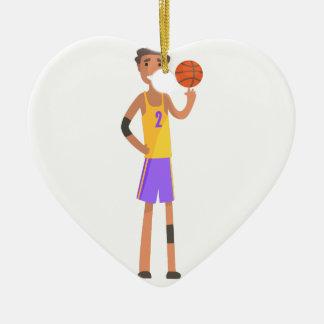 Ornement Cœur En Céramique Boule de rotation de joueur de basket sur une