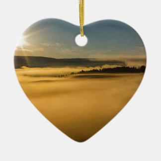 Ornement Cœur En Céramique Brouillard sur le lac Yellowstone