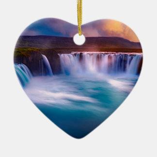 Ornement Cœur En Céramique Cascade de Goðafoss en Islande