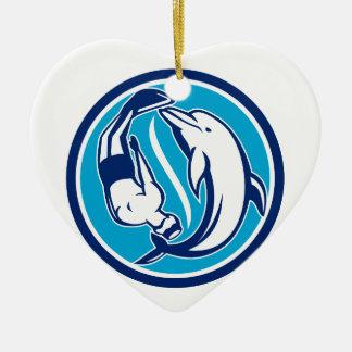 Ornement Cœur En Céramique Cercle libre de Yin Yang de plongeur et de dauphin