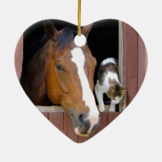 Ornement Cœur En Céramique Chat et cheval - ranch de cheval - amants de