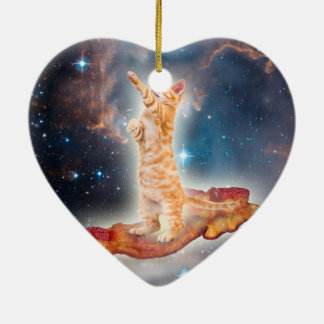 Ornement Cœur En Céramique Chat surfant de lard dans l'univers