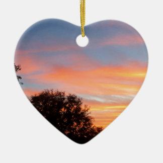 Ornement Cœur En Céramique ciel coloré brillant d'oct. de coucher du soleil