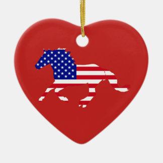 Ornement Cœur En Céramique Coeur rouge et bleu de mustang de bannière étoilée