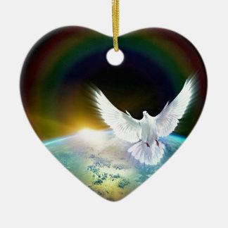 Ornement Cœur En Céramique Colombe de Saint-Esprit de paix au-dessus de la
