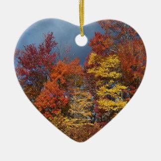 Ornement Cœur En Céramique Couleurs de chute dans Blue Ridge Mountains
