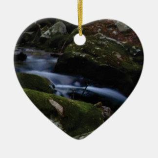 Ornement Cœur En Céramique courant vert-foncé