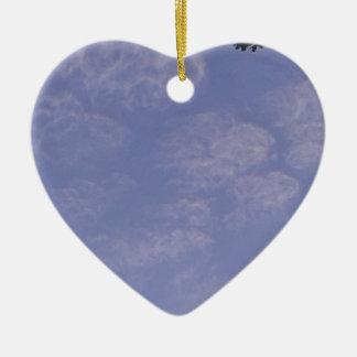Ornement Cœur En Céramique De nuages étranges 1