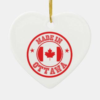Ornement Cœur En Céramique Fait à Ottawa