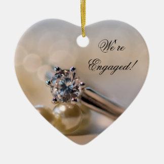 Ornement Cœur En Céramique Fiançailles de bague à diamant et de perles