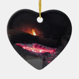 Ornement Cœur En Céramique Flèches de la chaleur de flamme du feu en bois