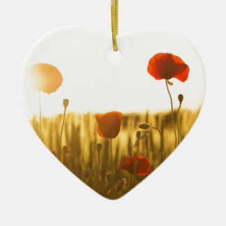 Ornement Cœur En Céramique Fleur rouge près de la fleur blanche pendant la