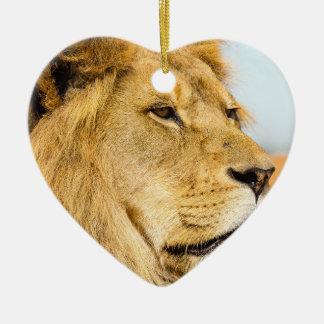 Ornement Cœur En Céramique Grand lion regardant loin
