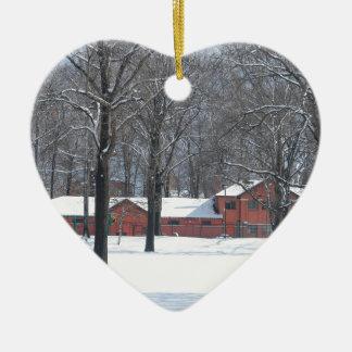 Ornement Cœur En Céramique Hiver en parc