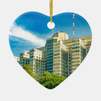 Ornement Cœur En Céramique Hôpital établissant la vue extérieure, Montevideo