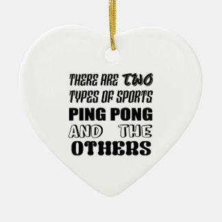 Ornement Cœur En Céramique Il y a deux types de ping-pong et de d'autres de
