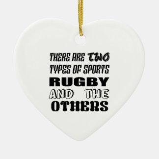 Ornement Cœur En Céramique Il y a deux types de rugby et de d'autres de