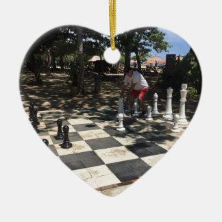 Ornement Cœur En Céramique Jouer aux échecs dans Bali