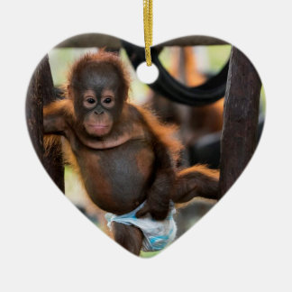 Ornement Cœur En Céramique Junior de Jeffrey d'orphelin d'orang-outan de bébé