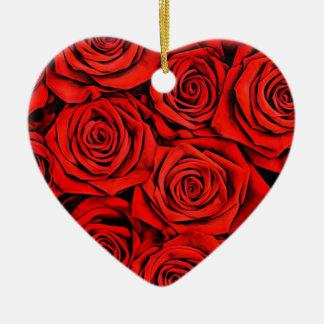 Ornement Cœur En Céramique La fleur florale de pétales de roses rouges plante
