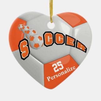 Ornement Cœur En Céramique Le ballon de football orange | personnalisent